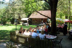 Steinschalerhof-Nostalgiegarten,Terasse